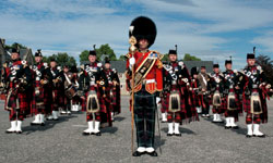 Military photographer image - Regimental Pipe Band